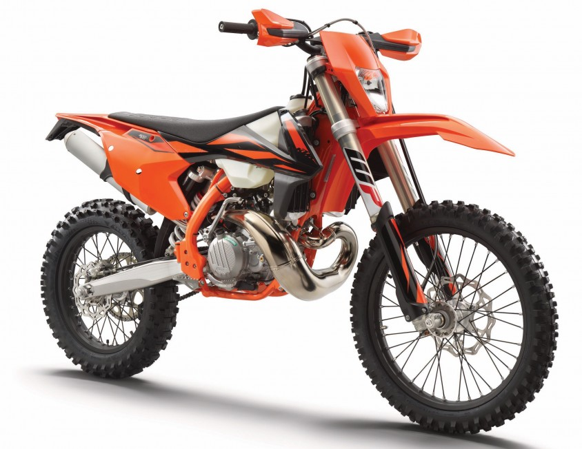 ktm_300_exc_tpi_my2019_right_front.jpg