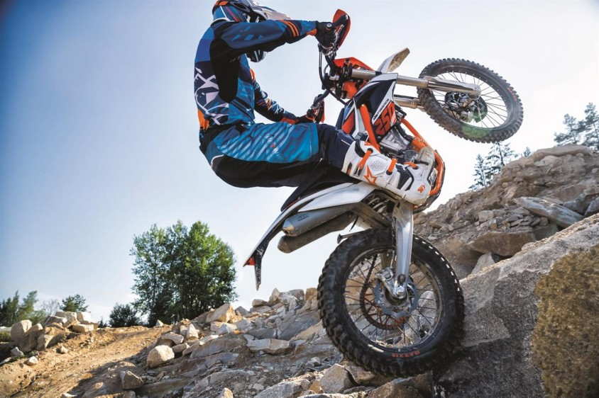 ktm_freeride_250_f_my_2018_action_01.jpg
