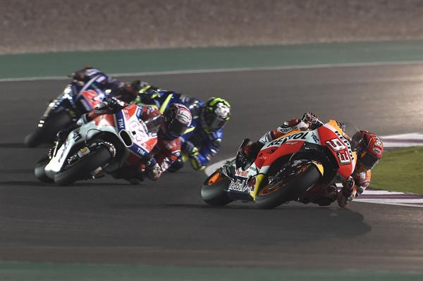 pw_-_12_-_motogp_world_championship_grand_prix_of_qatar_-_das_rennen_-_doha_-_01.jpg