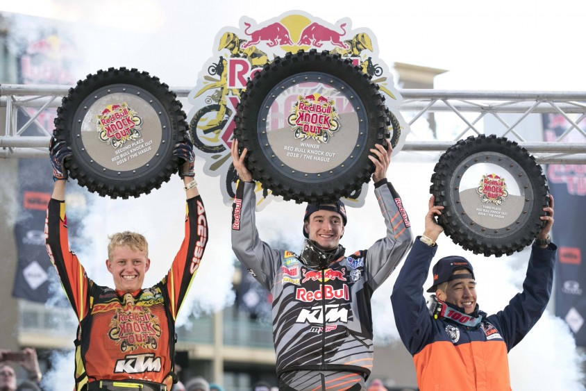 nathan_watson_jeffrey_herlings_glenn_coldenhoff_podium_red_bull_knock_out_2016.jpg