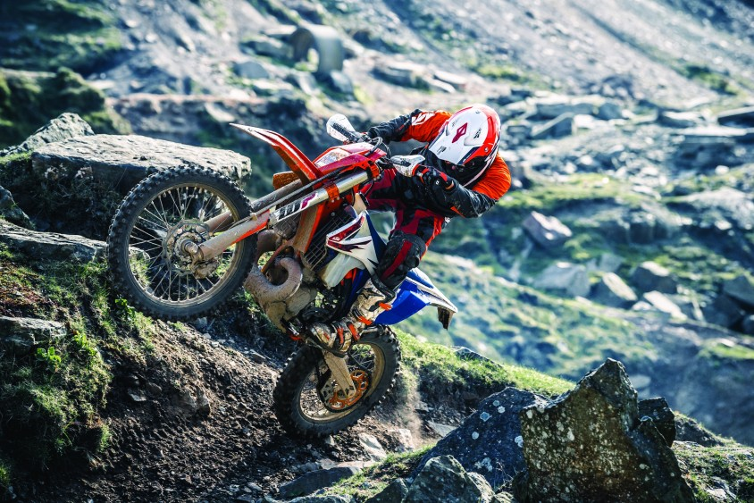 ktm_300_exc_tpi_six_days_my_2018.jpg