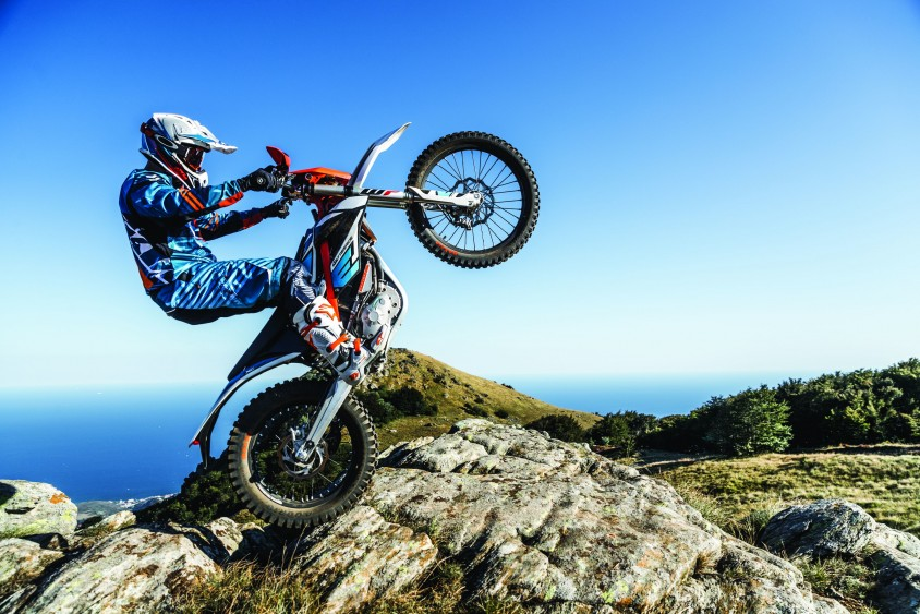 ktm_freeride_e-xc_my2018_action_01.jpg