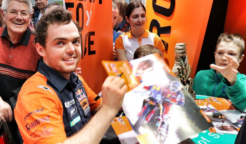 5_aob_matthias_walkner_ktm_factory_racing_rally_autogramm_f.jpg