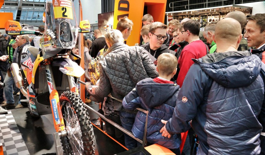 8_aob_matthias_walkner_ktm_factory_racing_rally_450_f.jpg