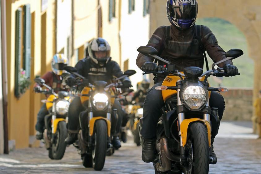 Ducati MONSTER 821 | Motorradreporter