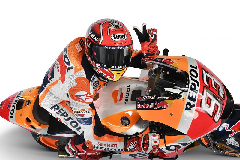 honda_mc_racing_pr0118_-_honda_racing_corporation_renews_contract_with_marc_marquez_for_two_years.jpg