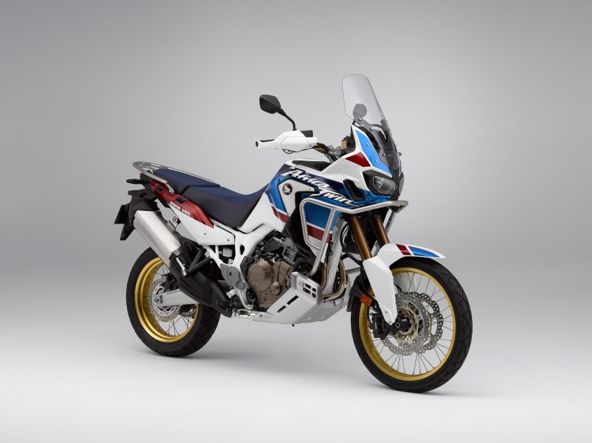 honda_pr_mc1617_-_honda_auf_der_eicma_2017_in_mailand_-_africa_twin_adventure_sports.jpg