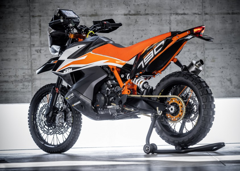 ktm_790_adventure_r_prototype_01.jpg