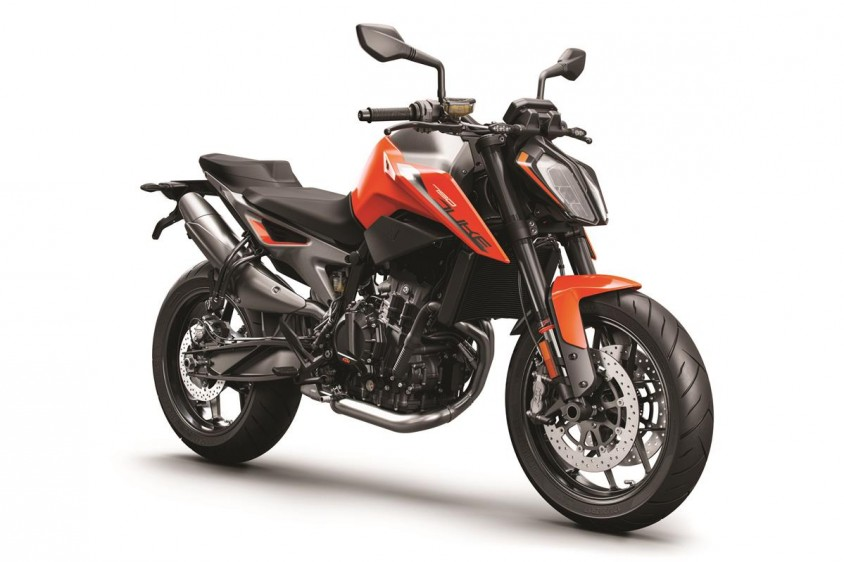 ktm_790_duke_2018_orange_my18_rifront_0.jpg