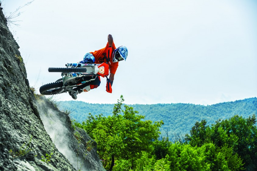 ktm_freeride_e-xc_my_2018_action_02.jpg
