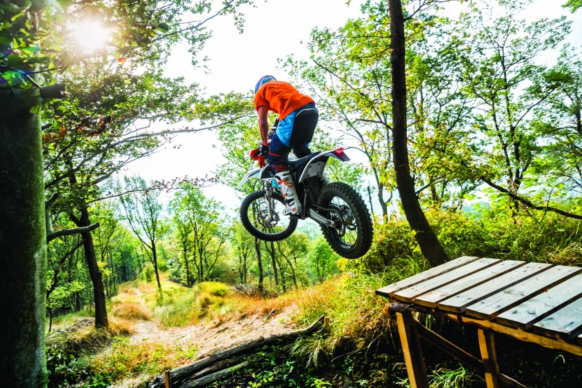 ktm_freeride_e-xc_my_2018_action_20.jpg