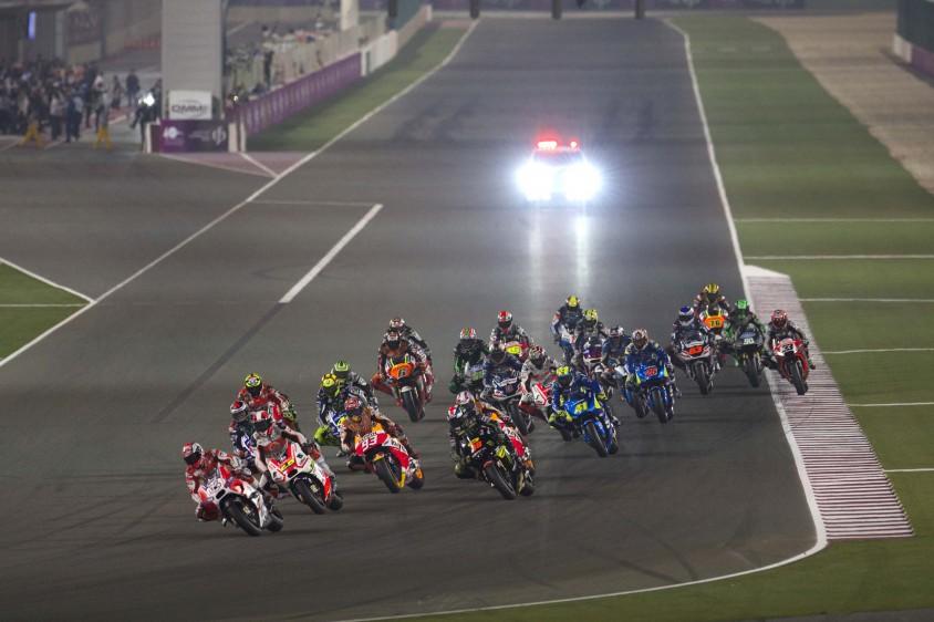 """""""In diesem Auftakt ist Feuer"""" - Der MotoGP-Start in Katar live und in Full HD bei ServusTV ..."""