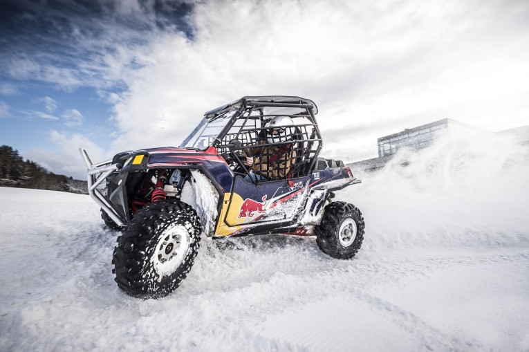 winter_am_ring_buggy_c_philip_platzer_red_bull_content_pool.jpg