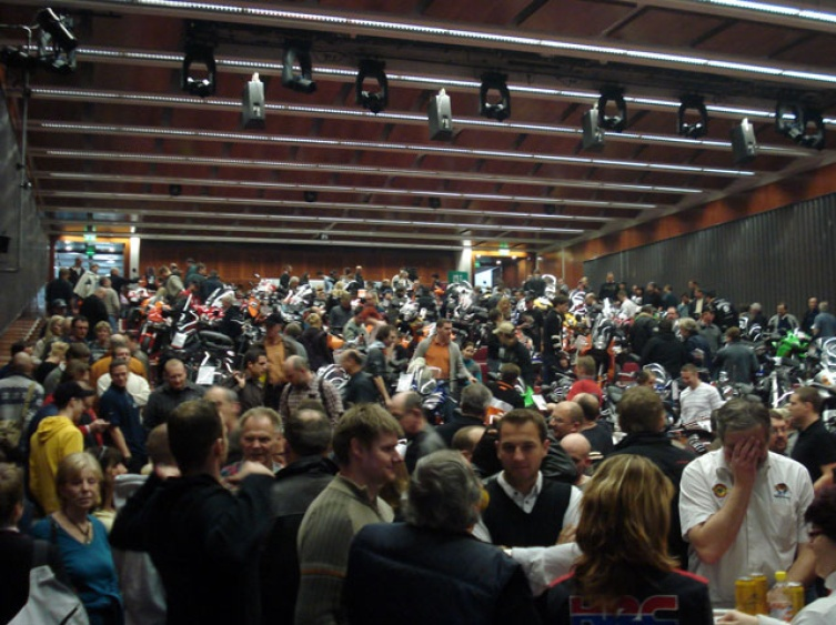 Messe in Linz: Full House