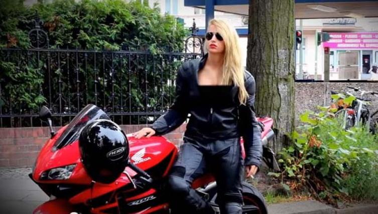 Frau sucht mann motorrad