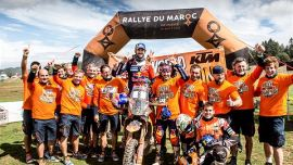 Red Bull KTM Factory Racing Fahrer Toby Price hat die FIM Cross-Country Rallyes Weltmeisterschaft 2018 mit einem Sieg beim letzten Saisonlauf - der Rally du Maroc - gewonne