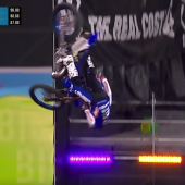 Tom Pages gewinnt Moto X Freestyle