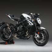 MV AGUSTA BRUTALE 800 RR SCS AND DRAGSTER 800 RR SCS