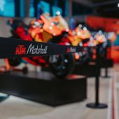 KTM Motohall mit neuer Themenwelt: MOTOGPTM - World of Racing