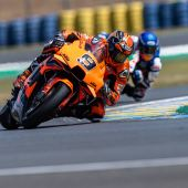 Danilo Petrucci fuhr mit seiner Tech3 KTM Factory Racing RC16 auf Platz 5 in einem rasanten Dry-Wet-Dry Shark Grand Prix de France in Le Mans.